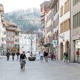 Die Beiz soll auf die Strasse kommen: Die FDP fordert öffentlichen Raum für Restaurants und Läden