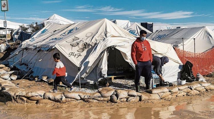 Auf Flammen folgen Ratten: 100 Tage nach dem Brand im Lager Moria gerät die Lage erneut ausser Kontrolle