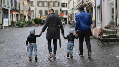 Spielgruppe weist Zwillinge von Schwulen ab – jetzt reden die Papis: «Was den beiden Buben passiert ist, sollte niemandem passieren»