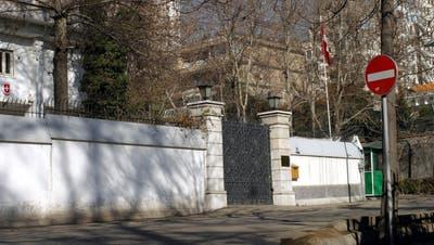 Nach Trumps Drohungen: Iran bestellt Schweizer Botschafter ein