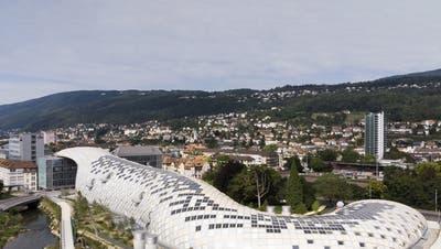Neu auch in der Schweiz: Unternehmen bauen spektakuläre Firmensitze, die ganze Stadtbilder dominieren