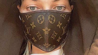 Ob das vor Corona schützt? Promis setzen jetzt auf teure Luxus-Schutzmasken