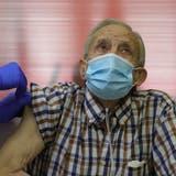 Kritiker sind ausser sich: Spanien registriert Impfverweigerer