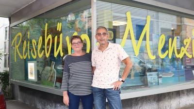 Die Stube wird zum Reisebüro – Corona zwingt Ehepaar Daetwyler zu drastischem Schritt