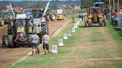 Trotz Abgasen und Russ: Das Traktor-Pulling darf vorläufig bleiben