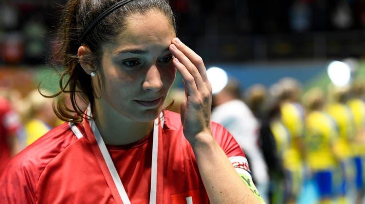 Und am Ende kullern die Tränen: Schweizer Unihockey-Frauen unterliegen Schweden im WM-Final nach Verlängerung