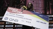 Hürdenläuferin Dalilah Muhammad hat allen Grund zum Strahlen: Die US-Amerikanerin stellte einen neuen Weltrekord auf. (Bild: Keystone)