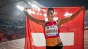 Sie überstrahlt alles: Mujinga Kambundji und ihre Bronzemedaille gehören zu den grossen Highlights der vergangenen WM in Doha. (Bild: Keystone)