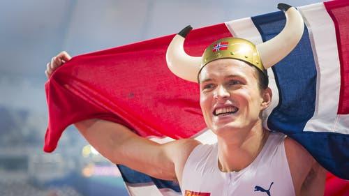 Der Wikinger: Karsten Warholm gewinnt für Norwegen Gold über 400 Meter Hürden: (Bild: Keystone)
