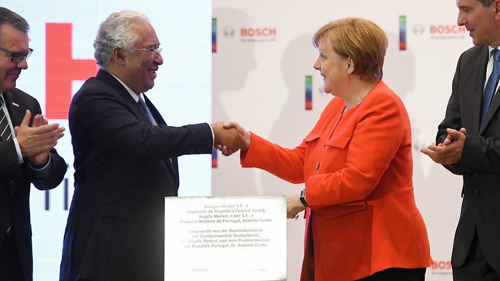 Merkels Portugal-Besuch startet im Zeichen der Wissenschaft