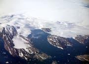 Grönland: grösstenteils von einer dicken Eisschicht bedeckt. (Bild: Keystone)