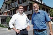 Auf dem Freiämter Hausberg Horben fühlt sich Beat Villiger wohl. Sein Bruder Stefan Villiger (rechts) wirtet seit 18 Jahren in der dortigen Alpwirtschaft. (Bild: Werner Schelbert (Horben, 20. Juli 2018))