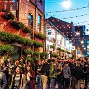In der Altstadt von Belfast treffen sich die Nachtschwärmer.Bild: Elaine Hill Photography
