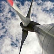 Windturbinen sind häufig umstritten. (Bild: Pius Amrein, Entlebuch, 25. August 2015)