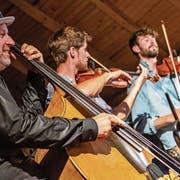 Georg Breinschmid (links) und Freunde am dritten Konzert des Festivals Sommerklänge. Bild: Patrick Hürlimann (Baar, 21. Juli 2019)