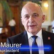 Für Ueli Maurer der richtige Mann für den Ständerat: SVP-Nationalrat Franz Grüter. (Bild: Keystone)