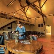 Pia Fassbind vom Kulturhof Hinter Musegg in der völlig neu gestalteten Heubühne. (Bild: Philipp Schmidli, Luzern, 29. September 2017)