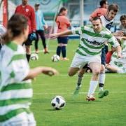 Die FCK-Bodensee Kickers in grün-weiss im Spiel gegen den FC Zürisee. (Bilder: Reto Martin)