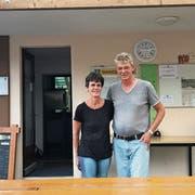 Barbara und Georg Gilgen kümmern sich seit März um die Gäste des Campingplatzes zwischen Wittenbach und Bernhardzell. (Bild: Livia Grob)
