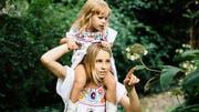 Santa Lupida: Das neue Berliner Label bietet für Mütter und ihre Kinder passende Mode an. (Bilder: Jules Villbrandt, ZVG)