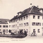 Das Kinder-Asyl in Walterswil war eines der vielen Heime im Kanton Zug, in denen die so genannte «administrative Versorgung» von Kindern erfolgte. Das Foto ist zwischen 1900 und 1930 entstanden. (Bild: Einwohnergemeindearchiv Baar, Foto- und Postkartensammlung)