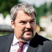 So kennt man den «Bestatter»: Mike Müller (55) als Luc Conrad. (Bild: SRF/Sava Hlavacek)