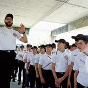 Ein Hauch Militärdrill: Jugendliche treten in Avignon zu ihrem «service national universel» an. (Bild: Jérôme Rey/PhotoPQR; 17. Juni 2019)
