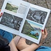 Das Buch von Anderhalden überzeugt auch dank einer reichen und spannenden Bebilderung.(Bild: Dominik Wunderli (24. Juli 2019)