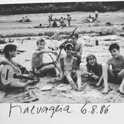 Tobi Gmür (ganz rechts) 1986 im Sommerlager in Malvaglia. (Bild: PD)