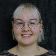 Corinne Bischof, geboren 1999, freischaffende Journalistin und in stetem Kontakt zu politisierenden Jugendlichen und jungen Feministinnen. (Bild: PD)