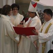 Ende Mai war Bischof Felix Gmür zu Gast in Romanshorn: Er setzte Dominik Bucher als Laientheologe im Dienst der katholischen Kirche und des Bistums Basel ins Amt ein. (Bild: Markus Bösch)