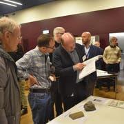 Zusätzliche Informationen gab es nach der Veranstaltung an den Infotischen der einzelnen Fachbereiche. (Bild: Thomas Güntert)