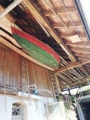 Ein altes «Holzgondeli» hängt heute noch in Eggmanns Scheune. (Bild: Sheila Eggmann)