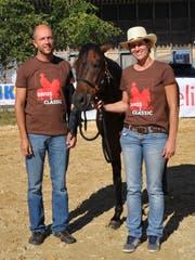 Daniel und Claudia Greb führen die Swiss Paso Fino Farm in Schocherswil. (Bild: Ramona Riedener)