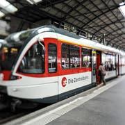 Eine Zentralbahn-Komposition im Bahnhof Luzern (Archivbild LZ)