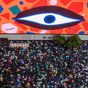 In Zürich werden Bilder der Proteste in Hong Kong gezeigt. (Bild: Lam Chun Tung)
