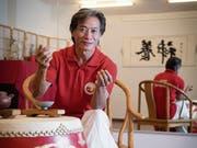 Meister Shaofan Zhu in seinem Wushu-Institut an der St.Jakob-Strasse. (Bild: Ralph Ribi)