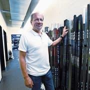 Walter Vattolo arbeitet für den EVZ gegen 500 Stunden pro Saison. (Bild: Werner Schelbert (Zug, 10. August 2018))