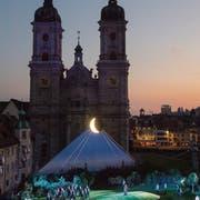 Historische Kulisse: Die diesjährigen St.Galler Festspiele vor dem Dom. (Bild: Urs Bucher (29. Juni 2018))