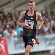 Der Sempacher Jonas Schöpfer, hier am Meeting von Luzern, wo er im internationalen Feld über 800 Meter eine Zeit von 1:48,88 läuft und Siebter wird. (Bild: Roger Grütter (Luzern, 9. Juli 2018)