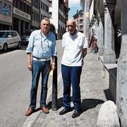 Hansruedi Mathies (links) und Kurt Nef wollen mehr Ruhe und Sicherheit ins Städtli bringen. (Bild: Urs M. Hemm)