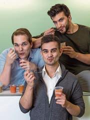 Die Gründer des Zuger Start-ups Yamo (von links): Tobias Gunzenhauser, José Amado-Blanco und Luca Michas. (Bild: Nadia Schärli, Zug, 5. Dezember 2016)