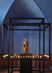 Die Wiler Madonna in der eigens für sie renovierten Marienkapelle der Kirche St.Nikolaus. (Bild: PD)
