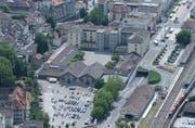 Die Frauenfelder Innenstadt mit der Stadtkaserne und dem Parkplatz «Oberes Mätteli». (Bild: Nana do Carmo, 2005)
