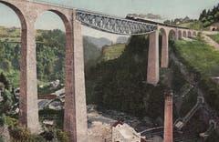Das Sitterviadukt der Bodensee-Toggenburg-Bahn (BT, heute SOB) entstand von 1907 bis 1910. Es war damals die höchste Brücke der Schweiz und galt als technische Meisterleistung. Darunter liegt das Kraftwerk Kubel. (Bild: Sammlung Reto Voneschen)