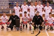 Im Schweizer Team spielten mit Marc Blöchlinger (10) und Remo Schuler (7) auch zwei Akteure des RHC Uri mit. (Bild: PD)