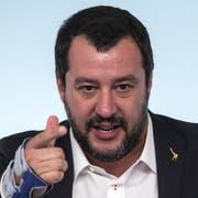 Lega-Innenminister Matteo Salvini, der starke Mann der italienischen Regierung. (Bild: Angelo Carconi/EPA, Rom, 20. Oktober 2018)