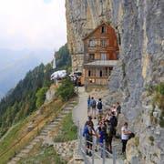 Das Berggasthaus Äscher ist auch bei internationalen Touristen ein beliebtes Reiseziel. (Bild: Raphael Rohner)