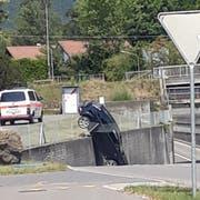 Das Auto erlitt Totalschaden. (Bild: PD)