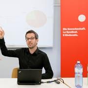 Roman Burger, ehemaliger Geschäftsleiter der Unia Zürich, stand in der Vergangenheit wegen Vorwürfen der sexuellen Belästigung im Rampenlicht. (Bild: Alessandro Della Bella/Keystone, 5. Juni 2012)